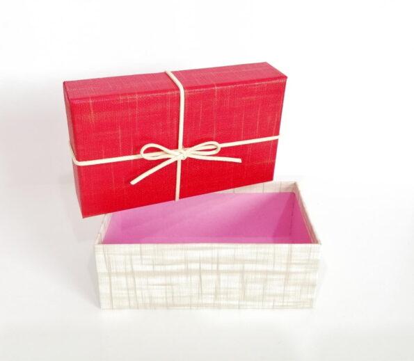 fiyonklu-dikdortgen-hediye-kutusu-fb9-4c-tas sepeti